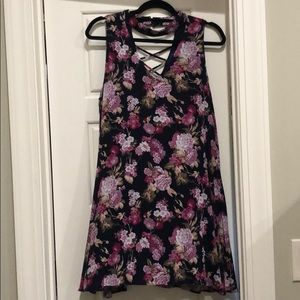 Dresses & Skirts - Boutique floral dress